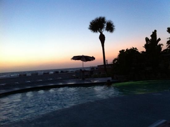 Long Key Beach Resort & Motel: after sunset
