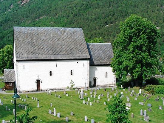 First Hotel Kinsarvik: Kinsarvik Church