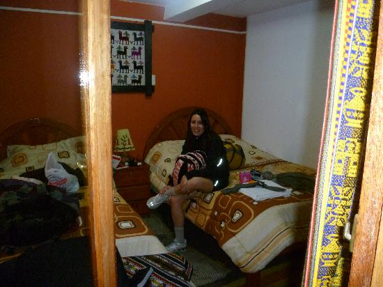 هوستل لوس أندينيس: habitacion hotel elegimos doble
