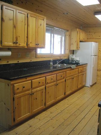 Lure Resort : Kitchen
