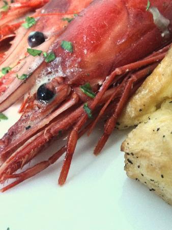 Aroma Restaurant & Wine bar: Fresh Gamberoni Reali al Pernod