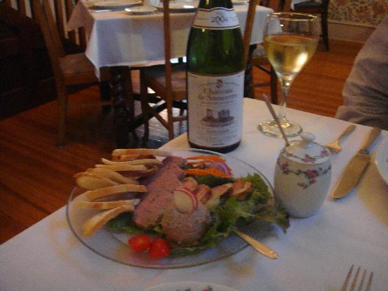 Le Petit Chablis : Pate and Sancere; it doesn't get much better!
