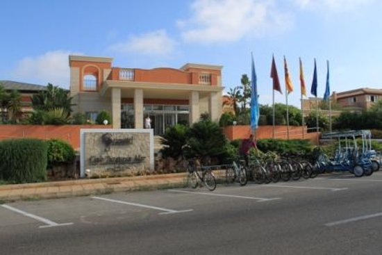 Holiday Village Menorca: front view