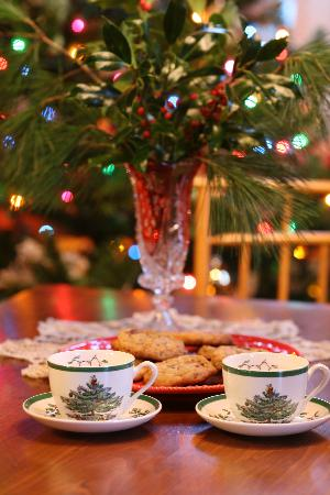 Seven Sea Street Inn: Christmas Cookies
