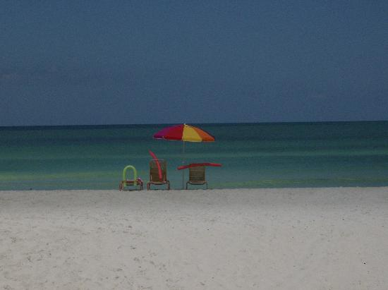 Anna Maria Island Dream Inn: We had the beach to ourselves!
