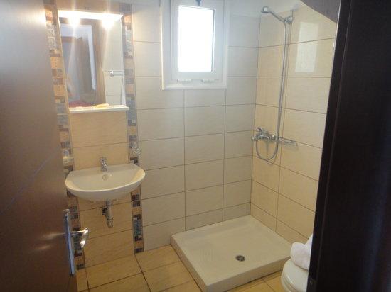 Katerina Resort: The bathroom.