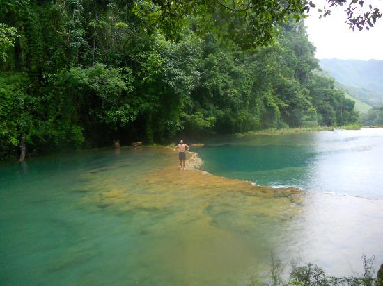 Semuc Champey: down at the river, a bit slippery to walk