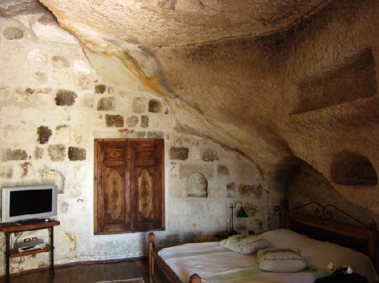 Sultan Cave Suites: The room
