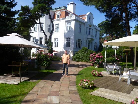 Usedom, Germany: Hotel Oasis (Blick von Strandpromenade