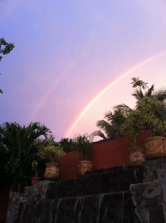 Clarita's Beach Hotel: double rainbow