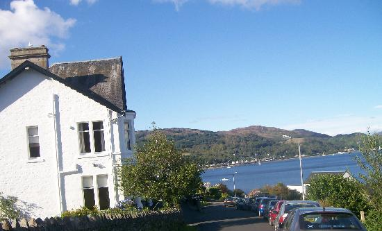 The Kames Hotel: Kames Hotel on the edge of the loch