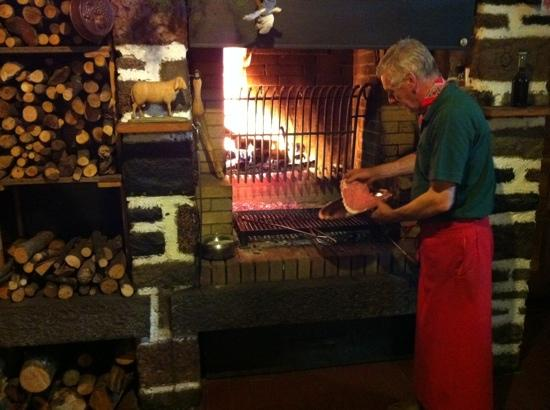 Baselga di Pine, Italië: Fabio alla griglia