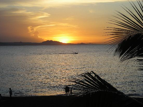 Residencial Casa Linda: Our last evening in the DR, what a view!