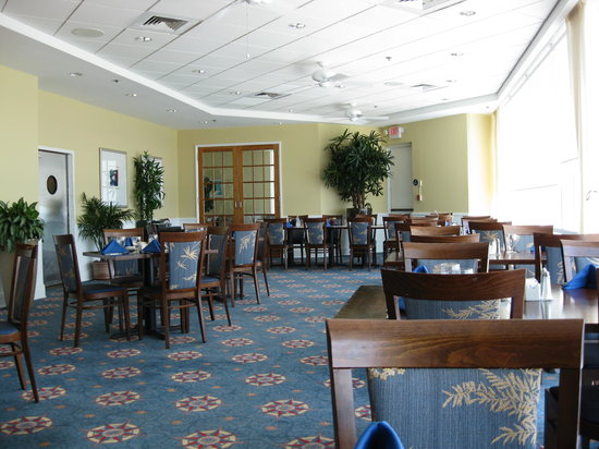 Cafe Amalfi: Dining Room