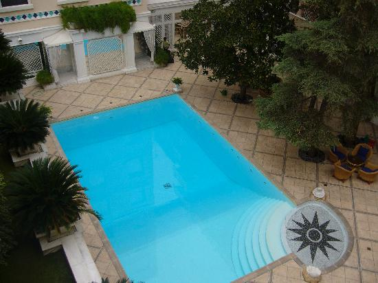 โรงแรมรอยัล โอลิมปิค: piscina