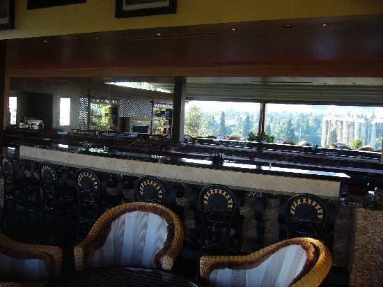โรงแรมรอยัล โอลิมปิค: bar terrazza