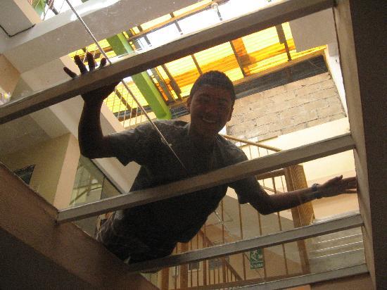 Inka House: El techo de vidrio