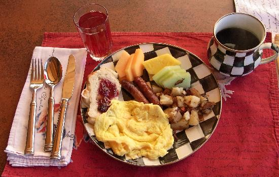 Hubbard's Yellowstone Lodge : breakfast