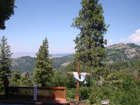 Pioneer Inn Condominiums: Chapel area, Beautiful!