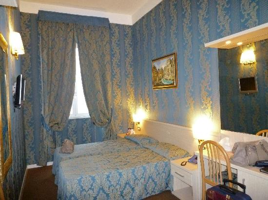 Prestige Guest House : room no. 33
