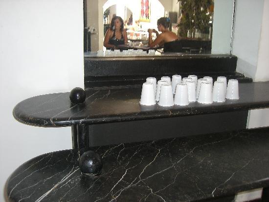 El Pueblo Tamlelt: gobelet en plastique a defaut de verres