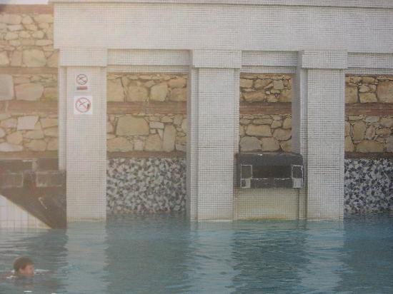 El Pueblo Tamlelt: piscinne