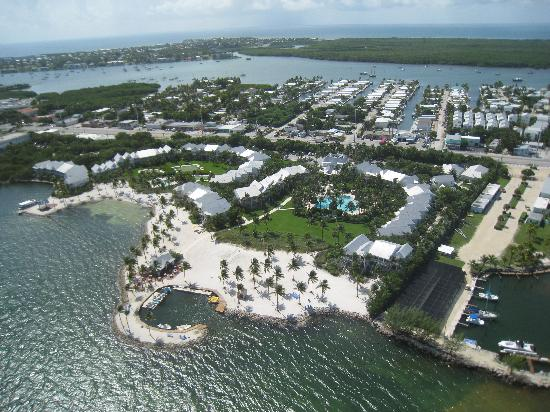 Tranquility Bay Beach House Resort: view of resort from Island Hopper helicopter