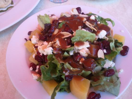 Caffe Prego : Great salads!