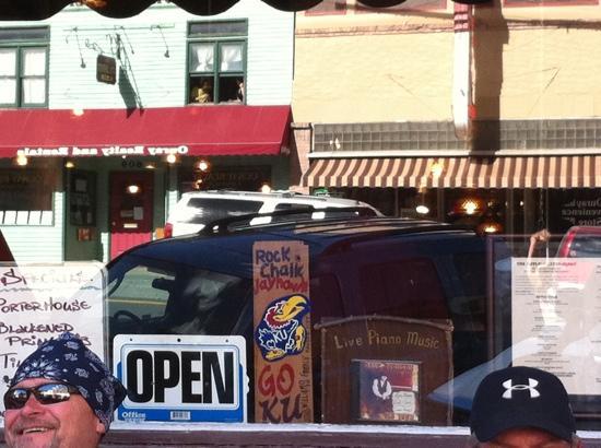 Outlaw Restaurant: open!!!