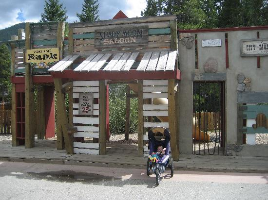 River Run Village: One of two playgrounds in River Run.