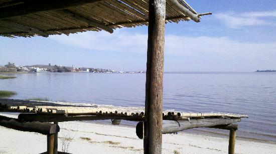 Puerto Tranquilo Restobar: Vista al rio