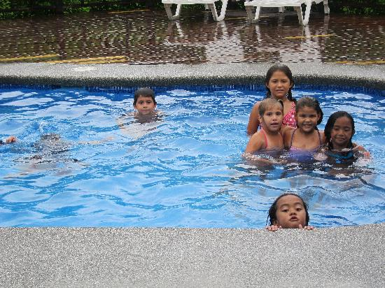Villas Tranquilas: My kids swimming with some of their new Costa Rican friends