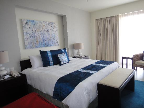 Marival Residences Luxury Resort : bed room