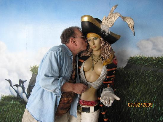 me with pirate maiden   picture of ocean world crescent
