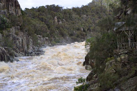 Launceston, Australien: Cataract Gorge,Flood
