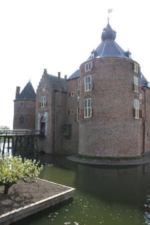 Kasteel Ammersoyen: the castle 3