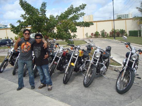 Sand Dollar Sports Harley Davidson Tour : Carlos Moreno & Sergio Che