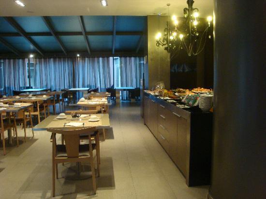 แอค โฮเต็ล เซวิย่า ทอร์เนียว บาย แมริออท: sala colazione