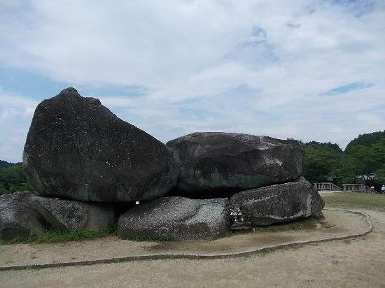 Asuka-mura, Japón: 石舞台外見