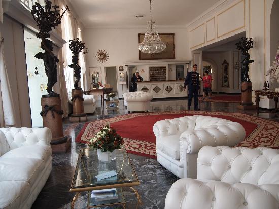 Grand Hotel Quisisana: ホテルのロビー