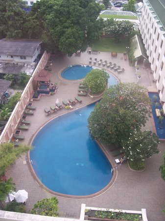 The Bayview Hotel: The swimming pool (view from our balcony)