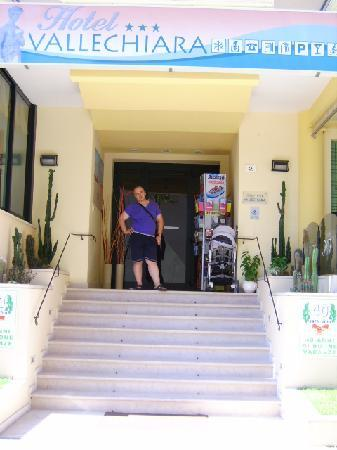 Hotel Vallechiara: L'ingresso