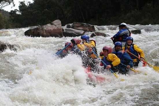 Hinnomunjie, Australia: a wild ride thru the rapids