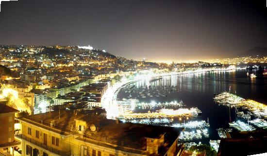 Nápoles, Italia: Napoli Di Notte