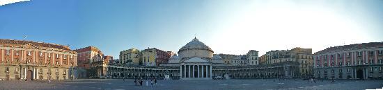 Neapel, Italien: Piazza Del Plebiscito