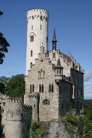 Hotel Adler: Lichenstein Castle