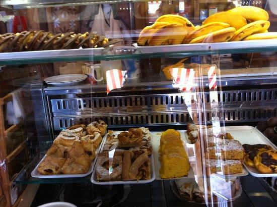 Pasticceria Marlene Tee e Cafe stube: dolci :)