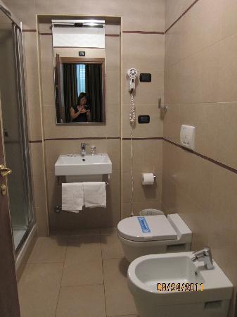 Hotel Entrance Picture Of Marco Polo Rome Tripadvisor