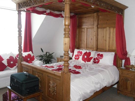 Knollside Lodge Sheringham: Blickling four poster room
