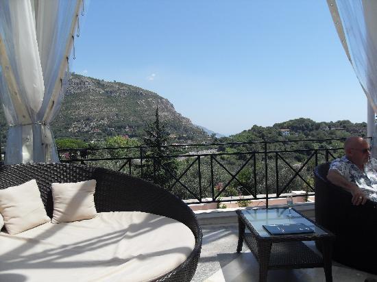 Tui Sensimar Grand Hotel Nastro Azzurro: Views from the main terrace